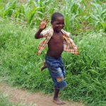 Afrikaanse kindje rent